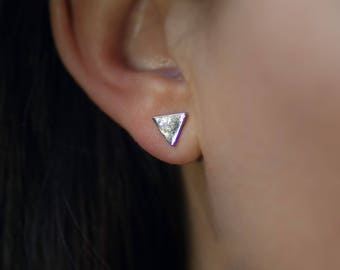 Stud | free shipping | earring | silver | minimalistic | triangle