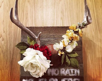 Antler Decor with Flower Crown