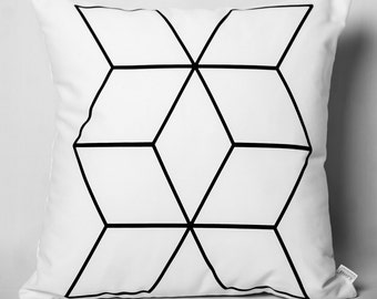 Cushion black & white: X