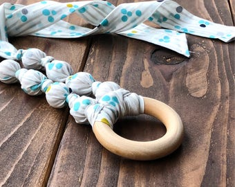 Eco friendly baby gift - Organic teething necklace - Gift for new mom - Gender reveal gift - Nursing necklace - Teething necklace that works