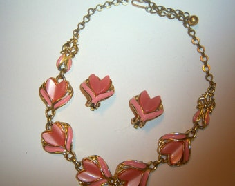 Pink Thermoset Tulip Necklace and Earring Demi