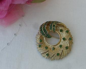 Brooch - Coro - Wreath - Green Rhinestones - Vintage