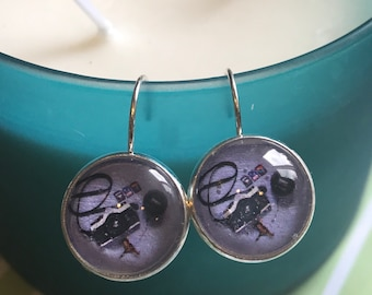 Camera and lens cabochon earrings- 16mm