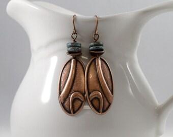 Kupfer-Wirbel Ohrringe, Ohrringe, Perlenohrringe, Kupfer und Türkis Ohrringe, antik Kupfer Ohrringe, Ohrringe, AE111 Metall