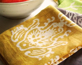 linen tea towel. pale ochre