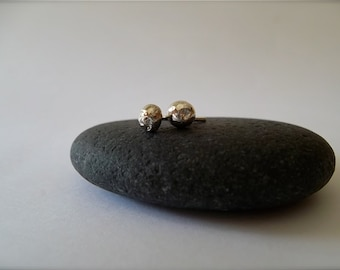sTeRLiNg SiLVeR pEbbLe EaRRiNgS