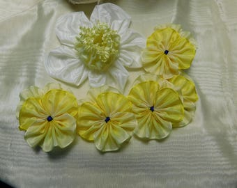 Spring Flower Set Pansies Daffodil Ribbonwork
