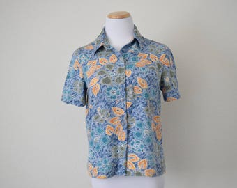 FREE usa SHIPPING top/blouse safari blouse/ short sleeve/  jungle shirt button up shirt tropical rayon blouse size 10P