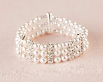 Pearl bridal Bracelet, Crystal Rhinestone wedding bracelet, Cuff bracelet, Vintage style, Holly Cuff bracelet