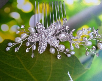 Starfish Hair Comb with Crystals Pearls, Bridal Headpiece, Pearl Hair Vine, Beach Wedding Hair Accessory for Destination Wedding