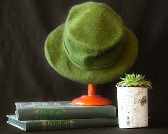 Vintage Wool Hat by Henry Pollak Co. in Green