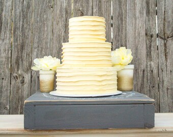 """Personalized Wedding Cake Stand, Rustic Wood Cake Stand, 18"""" Wedding Cake Box"""
