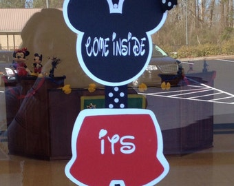 """Mickey mouse """"welcome"""" sign"""