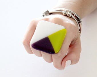 Statement Glass Ring -  Big ring, Bold ring, Gift for Her, Geometric ring, Fall fashion, Cocktail Ring, Handmade ring by Studioleanne