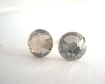 Swarovski Crystal Stud Earrings, Crystal Earrings, Gray Earrings, Grey Earrings, Silver Earrings, Gray Studs, Grey Studs, Bridesmaid Gifts
