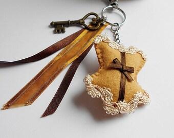 Porte clé corset steampunk marron , bijou de sac corset feutrine fait main, bijou de sac clé métal bronze, porte clés corset victorien, noel