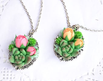 Succulent necklace. Succulent pink peach roses necklace jewelry. Planter necklace jewelry. Rustic necklace jewelry