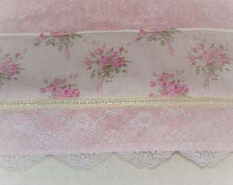 French Pink Rose Bouquets Decorative Display TOWEL for Romantic Shabby Cottage Chic Style Decor