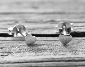 Cute Vintage 4mm 925 Sterling Silver Heart Studs