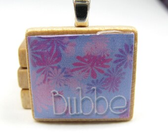 Hebrew Scrabble tile pendant - Bubbe - Grandma or Grandmother - lavender with purple and pink flowers