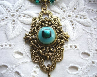 I Have My Eye On You Victorian Necklace