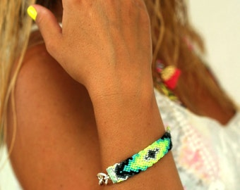 Chunky Chain Friendship Bracelet. Limes & Grays.