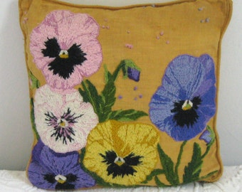 Crewel Embroidered Pillow . crewel pansy pillow . retro pillow . 50s crewel pillow . pansy pillow
