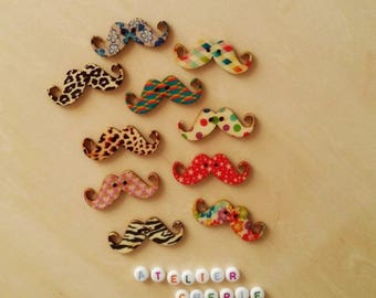 """Set of 5 wooden """"Whiskers"""" - multicolored buttons"""