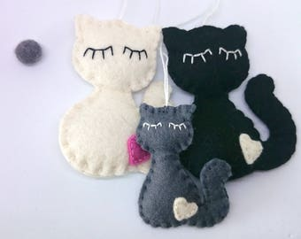 Felt cat family ornaments - set of 3 - Christmas kitty home decor gift idea for her Baby shower wool black white grey nursery decoration