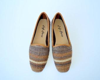 Women kilim shoes - 36 Euro size (24 cm -9,5 inch)