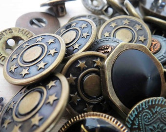 Assorted Goldtone Bronze Buttons x 40