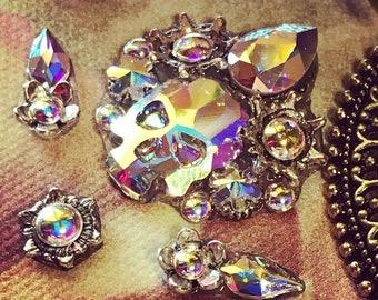 Tribal bindi of Swarovski crystals, Swarovski bindi, ATS bindi,  skull bindi, face jewels, tribal fusion bindi