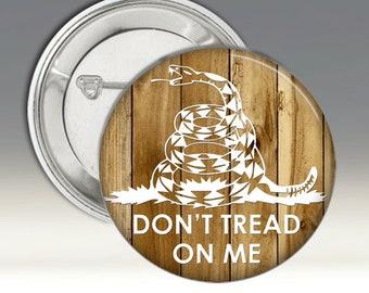 Ne pas marcher sur moi grand badge Badge Pins fond bois boutons patriotique Gadsen drapeau