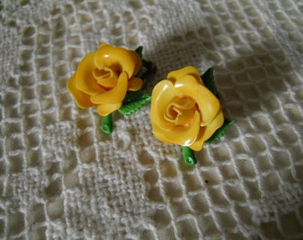 Vintage Yellow Rose clip-on Earrings with Green Leaves  Vintage Jewelry