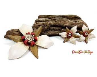 Vintage Flower Pin and Earrings, 60s 70s Handmade Leather, Viva Hair Accessory, Tiki Pool Party, Rockabilly PinUp Brooch Set