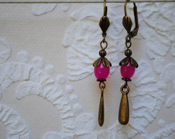 Ear drops in brass and Pink Pearl