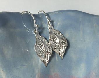 Silver Leaf Earrings, Boho, Fall Jewelry, Sterling Silver Leaves, Dangle Earrings, Gifts for her, Nature jewelry, Trees Earrings