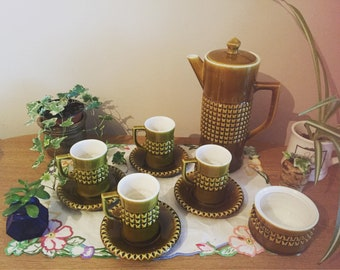 Secla Portugal coffee tea pot cups and saucers and sugar pot green
