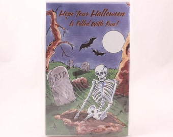 Skeleton Halloween Greeting Card. Magic Moments Sealed Package of 6 Cards and Envelopes