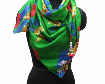 Floral print scarf/ cotton scarf/ trendy scarf/ gift  scarf / green scarf/ /  gift ideas.