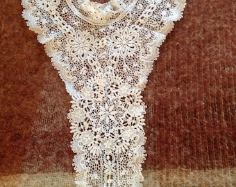 Long victorian collar and modesty front. Stunning lace. 23 ins long. Unusual. Good