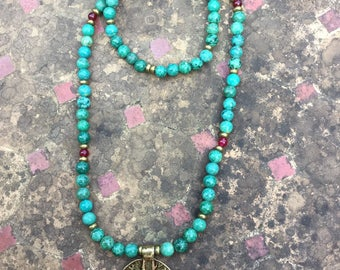 Necklace turquoise resin