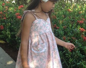 Girls Bodice Floral Dress w/Lace Trimmed Pocket, Handmade on Kauai, Hawaii