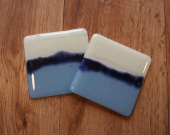 Paysage marin Coaster - crème, bleu poudre et émail bleu
