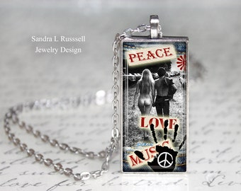 Hippie Necklace, Peace and Love Necklace, Boho Jewelry, Peace jewelry, Woodstock Necklace, retro 70's, Nostalgia, Gift for women
