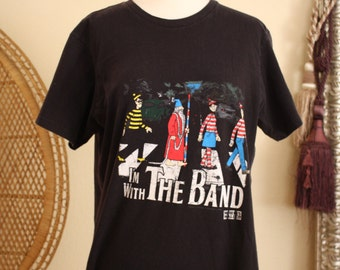 Vintage Wheres Waldo / Abbey Road / Im with the band t-shirt
