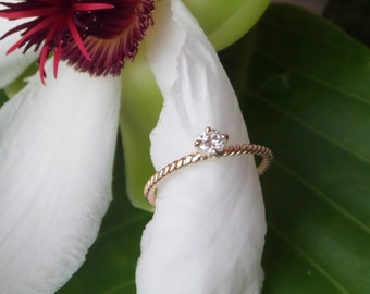 """Natural Diamond Engagement Ring,  18k Yellow Gold, Heart of Water """"Nur"""" Design, Ready to Ship"""