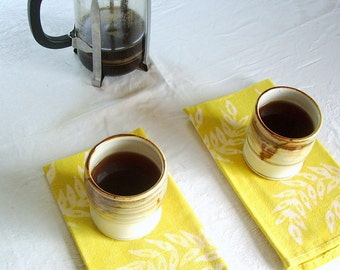 coffee for two. chartreuse napkin pair