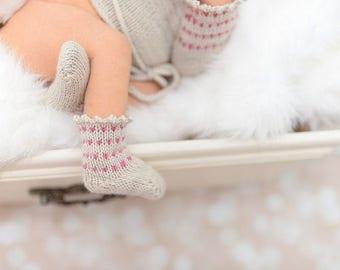 make your own Cuddle Socks (DIGITAL DOWNLOAD PATTERN) infant baby girls boys