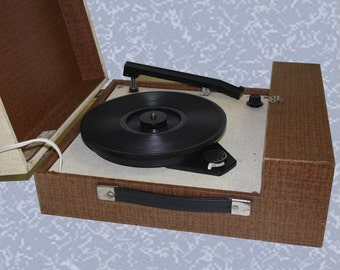 RCA VKD-3000T record player